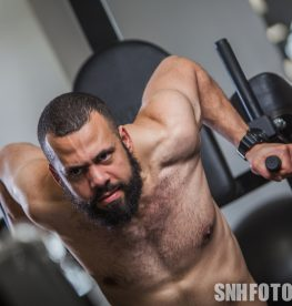 What Is The Difference Between A Super Set And A Giant Set? | No1 Fitness