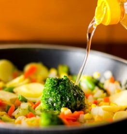 Does It Matter What Oil We Cook With? | No1 Fitness
